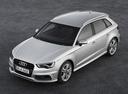 Фото авто Audi A3 8V, ракурс: 45 цвет: серебряный