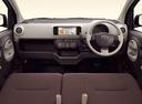 Фото авто Toyota Passo 2 поколение, ракурс: торпедо