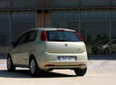 Фото авто Fiat Punto 3 поколение, ракурс: 135