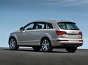 Фото авто Audi Q7 4L [рестайлинг], ракурс: 135 цвет: бежевый