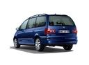 Фото авто Volkswagen Sharan 1 поколение [2-й рестайлинг], ракурс: 135 цвет: синий