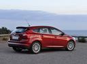Фото авто Ford Focus 3 поколение, ракурс: 225 цвет: бордовый