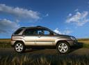 Фото авто Kia Sportage 2 поколение [рестайлинг], ракурс: 270 цвет: серебряный