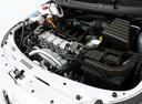 Фото авто Volkswagen Voyage 2 поколение, ракурс: двигатель