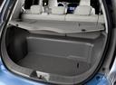 Фото авто Nissan Leaf 1 поколение, ракурс: багажник