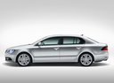 Фото авто Skoda Superb 2 поколение [рестайлинг], ракурс: 90 цвет: серебряный
