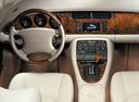 Фото авто Jaguar XK Х100 [рестайлинг], ракурс: торпедо