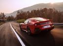 Фото авто Ferrari F12berlinetta 1 поколение, ракурс: 135 цвет: красный