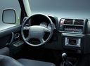 Фото авто Suzuki Jimny 3 поколение, ракурс: торпедо