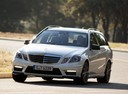 Фото авто Mercedes-Benz E-Класс W212/S212/C207/A207, ракурс: 45 цвет: белый
