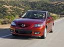 Фото авто Mazda 3 BK [рестайлинг], ракурс: 45 цвет: красный