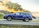 Фото авто Bentley Bentayga 1 поколение, ракурс: 90 цвет: синий