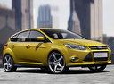 Фото авто Ford Focus 3 поколение, ракурс: 315 цвет: желтый