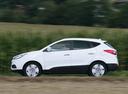 Фото авто Hyundai ix35 1 поколение [рестайлинг], ракурс: 90 цвет: белый