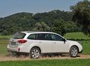 Фото авто Subaru Outback 4 поколение, ракурс: 270 цвет: белый