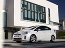 Фото авто Toyota Prius 3 поколение, ракурс: 45