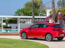 Фото авто Opel Astra K, ракурс: 135 цвет: красный