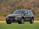 Фото авто BMW X1 F48, ракурс: 45 цвет: бежевый