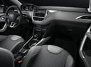 Фото авто Peugeot 2008 1 поколение [рестайлинг], ракурс: торпедо
