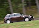 Фото авто Mini Clubman 2 поколение, ракурс: 270 цвет: бордовый