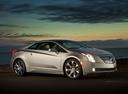 Фото авто Cadillac ELR 1 поколение, ракурс: 315 цвет: серебряный