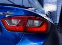 Фото авто Chevrolet Cruze 3 поколение, ракурс: задние фонари цвет: синий