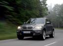 Фото авто BMW X5 E70, ракурс: 45 цвет: серый