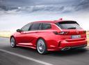 Фото авто Opel Insignia B, ракурс: 135 цвет: красный