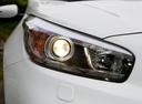 Фото авто Kia Cee'd 2 поколение, ракурс: передние фары цвет: белый