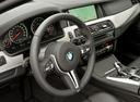 Фото авто BMW M5 F10 [рестайлинг], ракурс: рулевое колесо