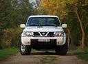 Фото авто Nissan Patrol Y61,  цвет: белый