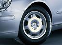 Фото авто Mercedes-Benz S-Класс W220 [рестайлинг], ракурс: колесо