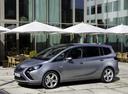 Фото авто Opel Zafira C, ракурс: 45 цвет: серебряный