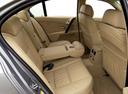 Фото авто BMW 5 серия E60/E61, ракурс: задние сиденья