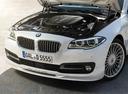 Фото авто Alpina D5 F10/F11 [рестайлинг], ракурс: двигатель цвет: белый
