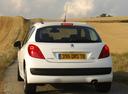 Фото авто Peugeot 207 1 поколение, ракурс: 180 цвет: белый