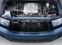 Фото авто Toyota Tundra 2 поколение, ракурс: двигатель