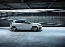 Фото авто Peugeot 308 T9 [рестайлинг], ракурс: 270 цвет: белый