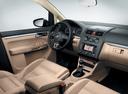 Фото авто Volkswagen Touran 1 поколение [2-й рестайлинг], ракурс: торпедо