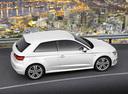 Фото авто Audi A3 8V, ракурс: 270 цвет: белый