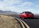 Фото авто Infiniti Q50 1 поколение [рестайлинг], ракурс: 135 цвет: красный