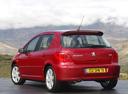 Фото авто Peugeot 307 1 поколение [рестайлинг], ракурс: 135 цвет: красный