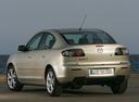 Фото авто Mazda 3 BK [рестайлинг], ракурс: 135 цвет: бежевый