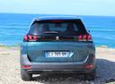 Фото авто Peugeot 5008 2 поколение, ракурс: 180 цвет: зеленый