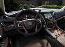Фото авто Cadillac Escalade 4 поколение, ракурс: рулевое колесо