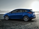 Фото авто Ford Focus 3 поколение [рестайлинг], ракурс: 90 цвет: синий
