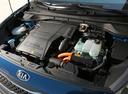 Фото авто Kia Niro DE, ракурс: двигатель цвет: синий