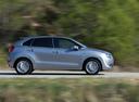 Фото авто Suzuki Baleno 2 поколение, ракурс: 270 цвет: серебряный
