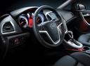 Фото авто Opel Astra J, ракурс: рулевое колесо