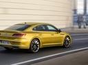 Фото авто Volkswagen Arteon 1 поколение, ракурс: 225 цвет: желтый
